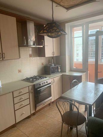 Пропонуємо в оренду 1-но кімнатну квартиру по вул.Червоної Калини.