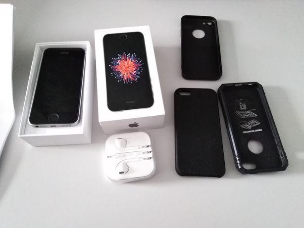 Sprzedam iPhone SE 32Gb 2018