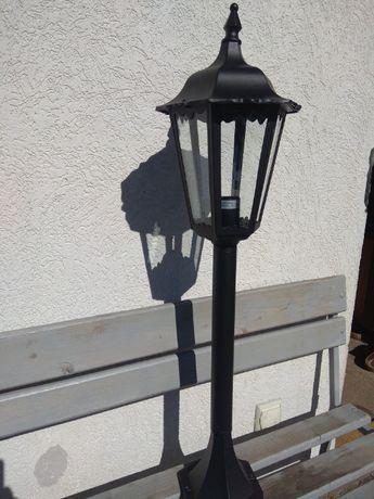 lampa ogrodowa stojąca zewnętrzna metal szkło