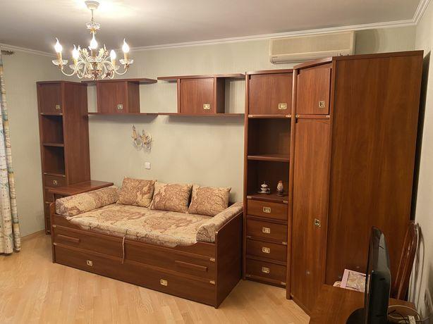 Детская и подростковая мебель в комнату