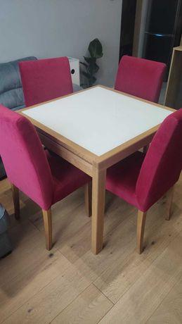 Stół rozkładany NEA i 4 krzesła tapicerowane