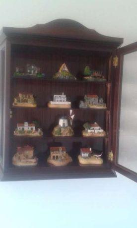 Colecção de casas típicas de Portugal.