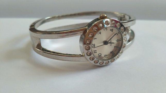 Часы женские Quartz