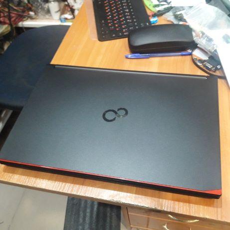 Ноутбук Fujitsu Lifebook A574/k
