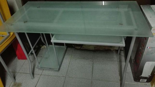Mesa para computador de escritório
