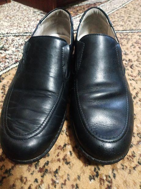 Продам туфли Braska