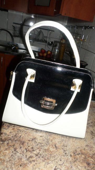 sprzedam torebki damskie