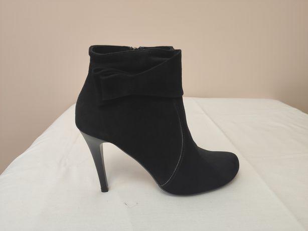 Ботинок модельный черный замш (37) bravo moda, Польша
