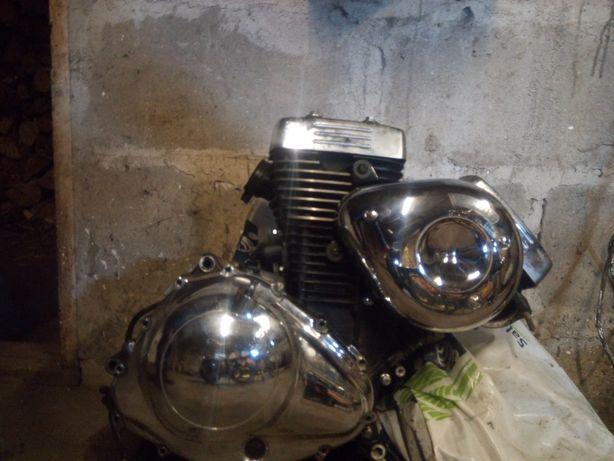 Silnik suzuki marauder vz 800