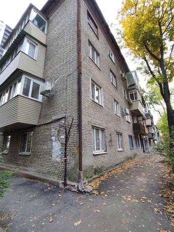 Продам 1 комнатную квартиру в Центре (Фурманова)