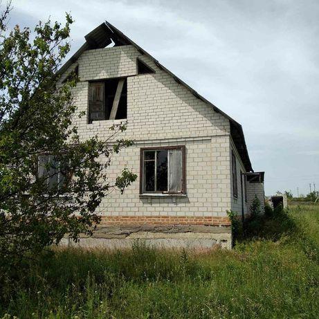 Не добудований  будинок