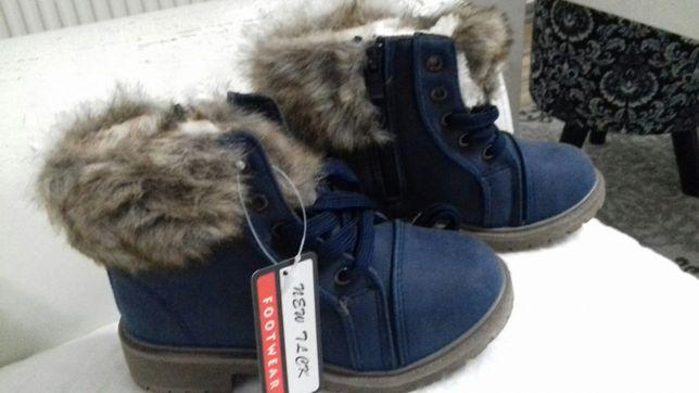 NOWE!!Granatowe zimowe buty dziecięce