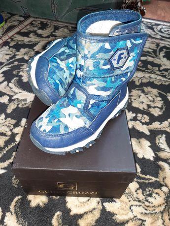 Продам зимні дитячі чоботи