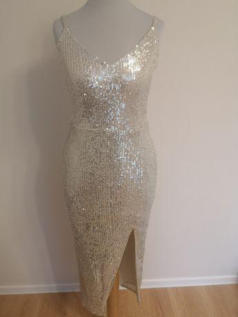 Sukienka w kolorze szampańskim, cekiny