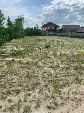 Продажа земли 10 соток под инд. строительство в Голосеевском районе.