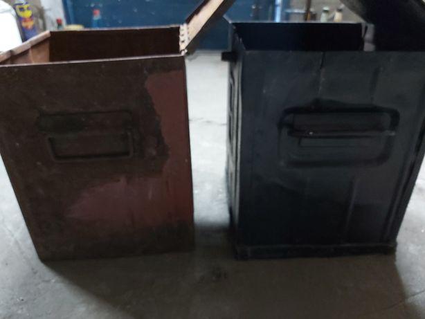 Metalowe pojemniki ( skrzynki )