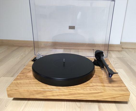 gramofon Pro-Ject 2-Xperience Classic + Ortofon 2M Blue