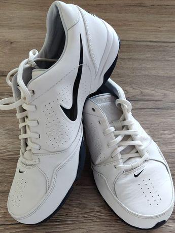Nike Air Toukol III - prawie nowe