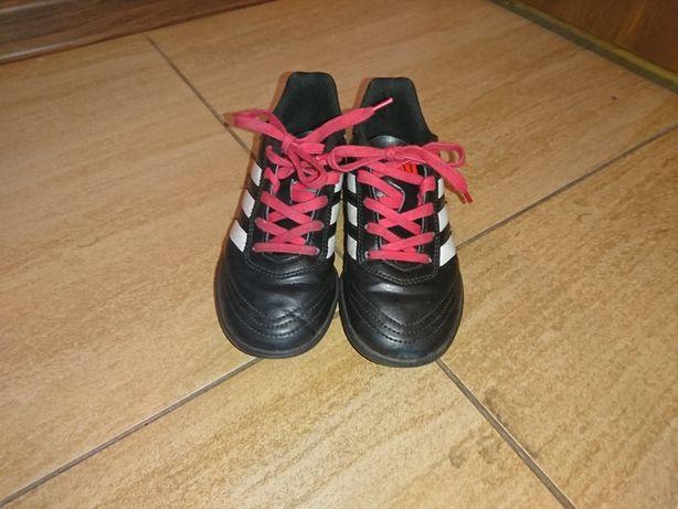 Adidas turfy r. 30