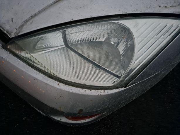 Ford focus mk1 lampa przód prawa