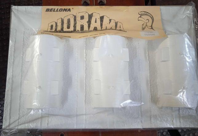 Diorama  OO/HO Bellona  Three Nissen Huts