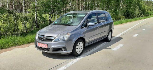 Свежепригнанная Opel Zafira 07г. 1.6 MPI бензин