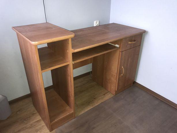 Drewniane biurko szkolne