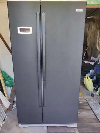 Продам холодильник BEKO Side-by-side No Frost