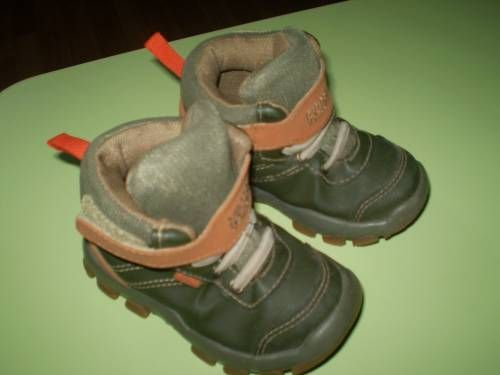 Продам ботиночки Клин