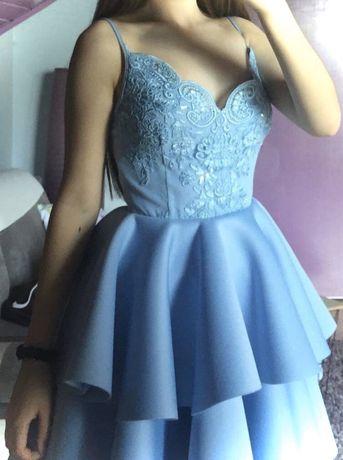 Sukienka rozkloszowana z podwójną falbaną EMO błękitna