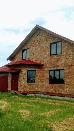 Заміський будинок 260 м2 в Драгомирчанах (Івано-Франківськ)