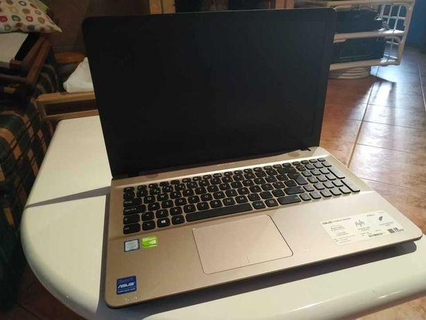 PC Asus Gaming i5 8GB Laptop Portátil (Como Novo)