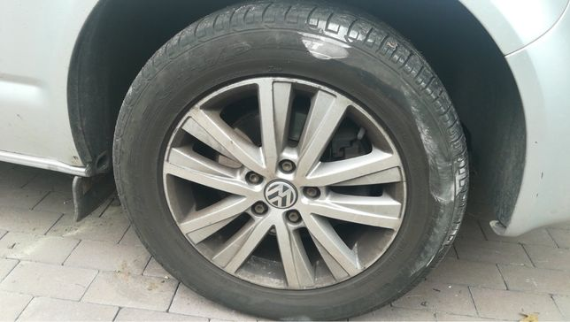 Bridgestone Dueler H\P 235/55 R17 за 2