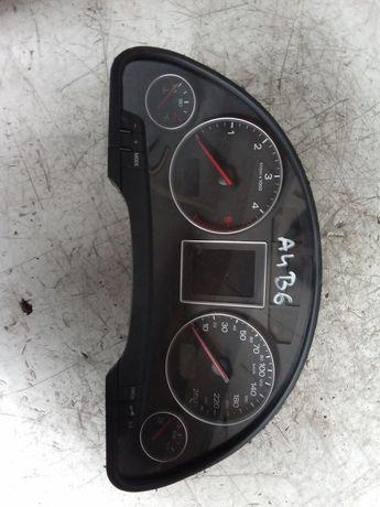 Licznik Audi A4 B6 2.5TDI Multitronic