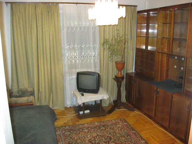 Здається кімната для хлопця студента або працюючого