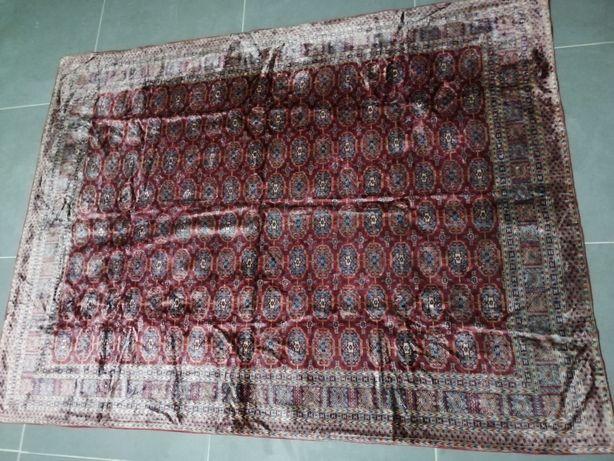 Carpetes em veludo como novas