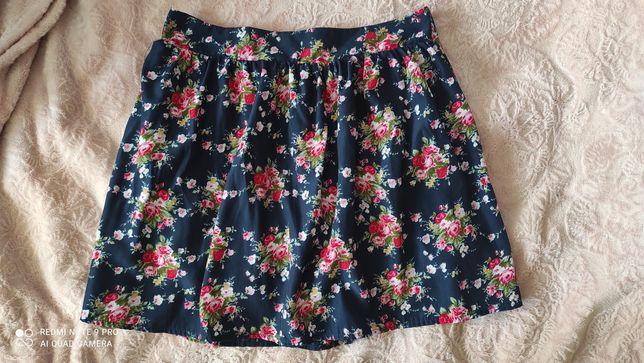 Mini spódniczka w kwiaty