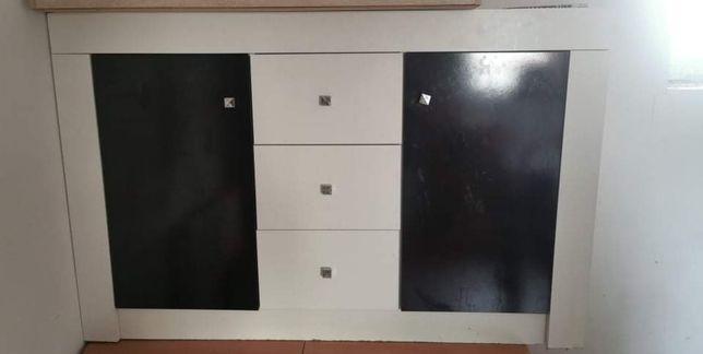 Komoda pokój biało czarna