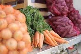 sprzedam warzywa ziemniaki cebule marchew jabłka buraczki