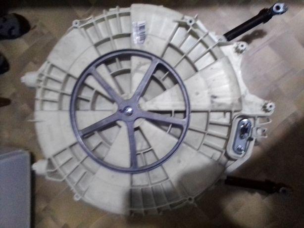 Продам запчасти к стиральной машине индезит IWSB51051 UA