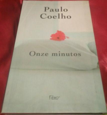 """Livro """"Onze minutos"""" de Paulo Coelho"""