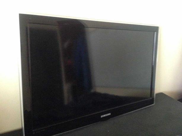 Телевизор Samsung UE32C4000PW