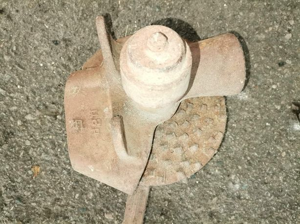 Лущильник для качанів кукурудзи кукурузолущильник