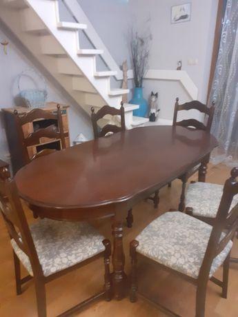 Stylowy stół z 6 krzesłami