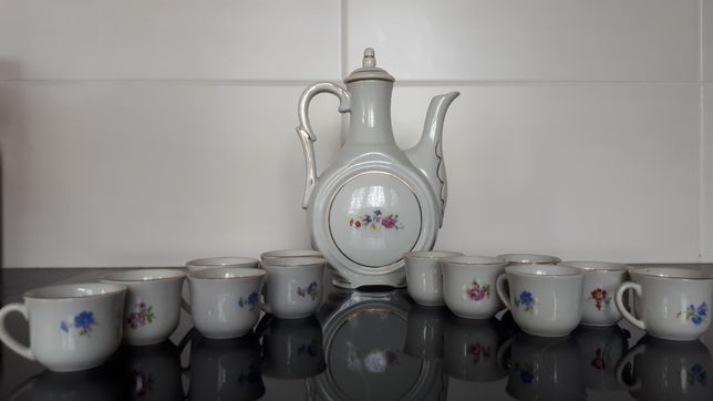 Dzbanek i filiżanki do espresso porcelana bułgarska serwis kawowy