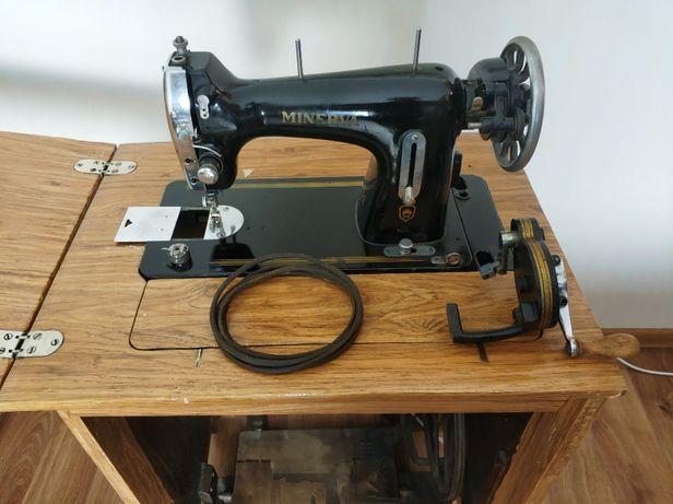 Швейная машина Minerva 122 + тумба, ножной и ручной привод
