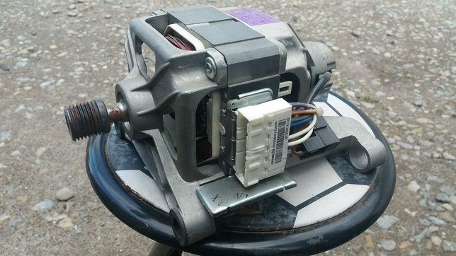 Електродвигун електродвигатель мотор