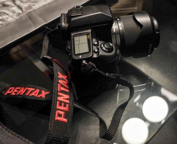 Pentax K7 + Lente Pentax 18-55 e Tamron 28-300 + 2 baterias e Mochila