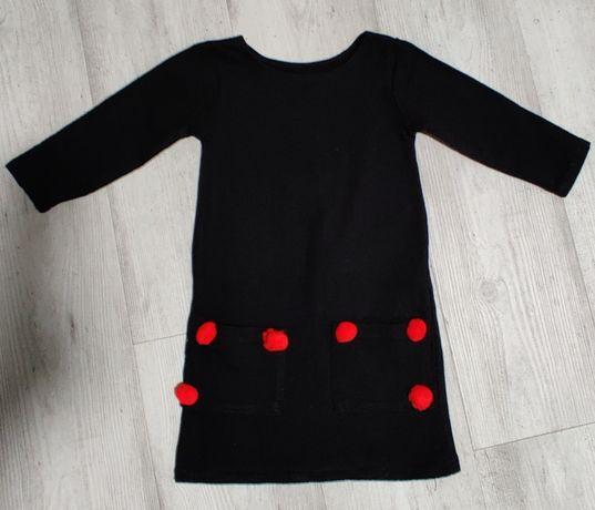 Sukienka handmade czarna z pomponami rozmiar 104 110