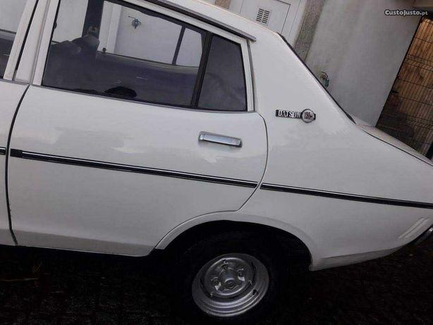 Datsun 120y bom estado